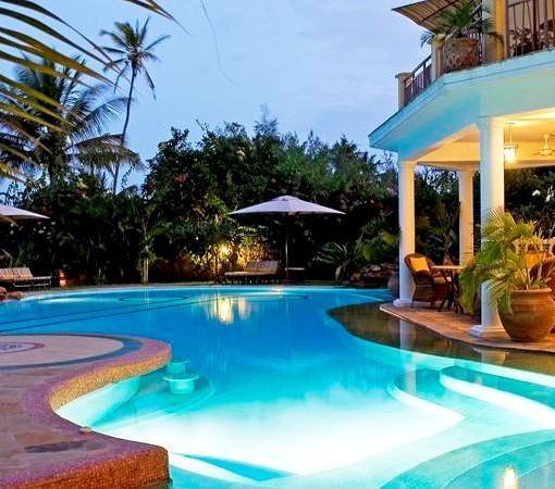 Afrochic-Diani-pool