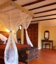 Azanzi-Beach-Hotel-luxury-suite-interleading-room