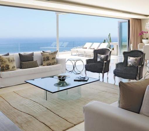 Clarendon Bantry Bay-Penthouse Lounge