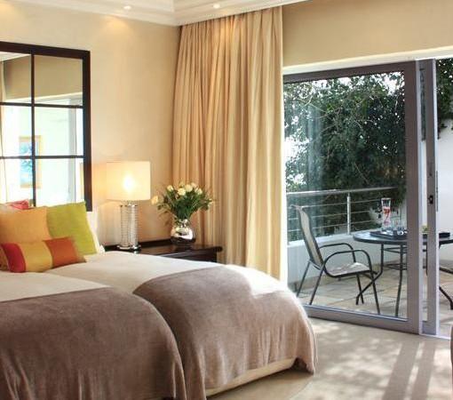 Clarendon Bantry Bay-Room 15