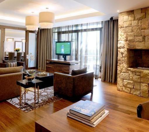 Hyatt-Regency-Oubaai-Presidential suite lounge