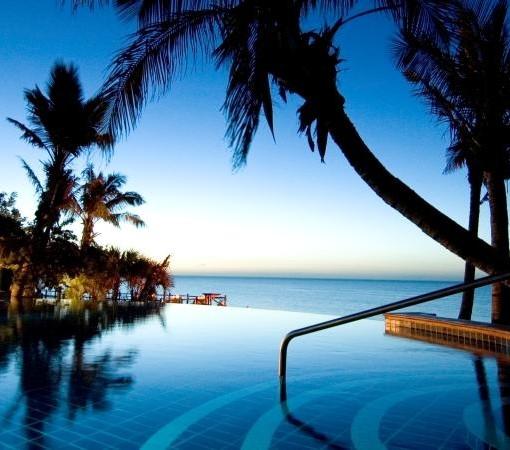 Indigo-Hotel-Pool-at-Night