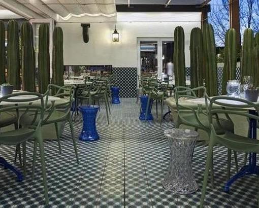 Majeka - restaurant outside