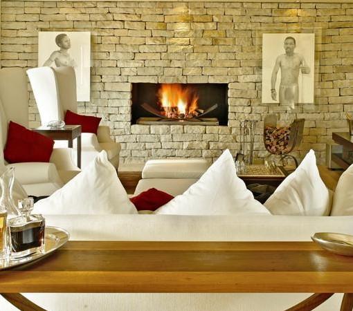 Steenberg-Heritage Suite - Khoi Khoi Lounge 1