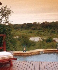 Tinga-Legends-Lodge-Suite-Pool