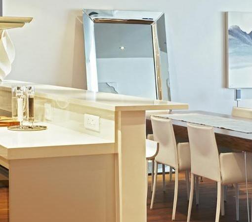 Waterfront-Marina-402 Pembroke Kitchen