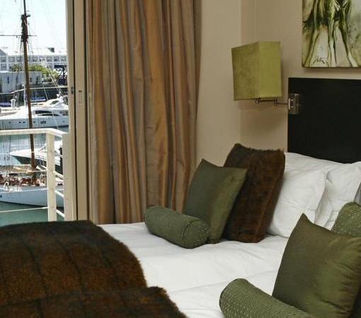Waterfront-Marina-WFV Superior Bedroom