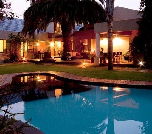 african-rock-hotel-exterior
