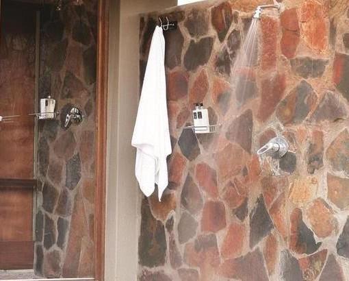 arathusa luxury outside shower