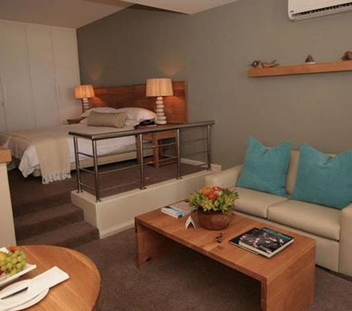 bay-hotel-Cabana Room