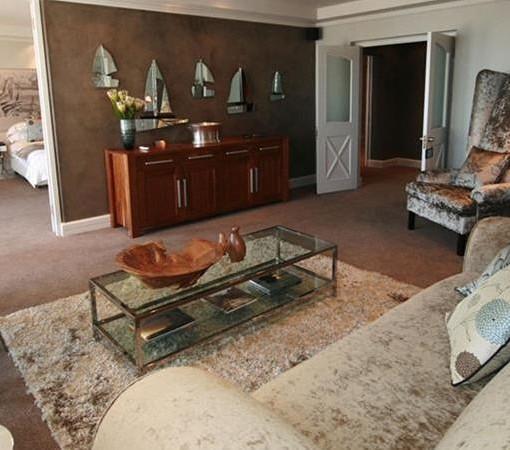 bay-hotel-Penthouse lounge (1)