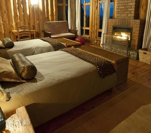 chelinda-lodge-cabin bedroom