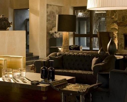 chitwa - lounge area