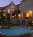 clarendon-fresnaye-pool-front