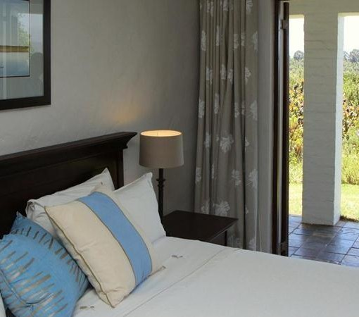 fynbos-ridge-country-house-suite-view