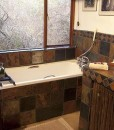 kambaku – Honeymoon suite bathroom