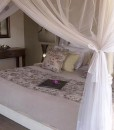 kambaku – Honeymoon suite bedroom