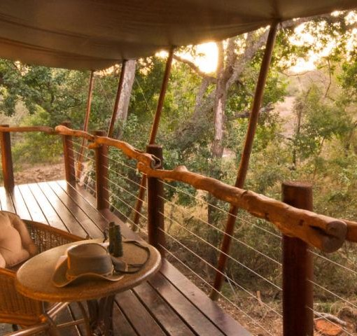 kapama-buffalo-camp-deck