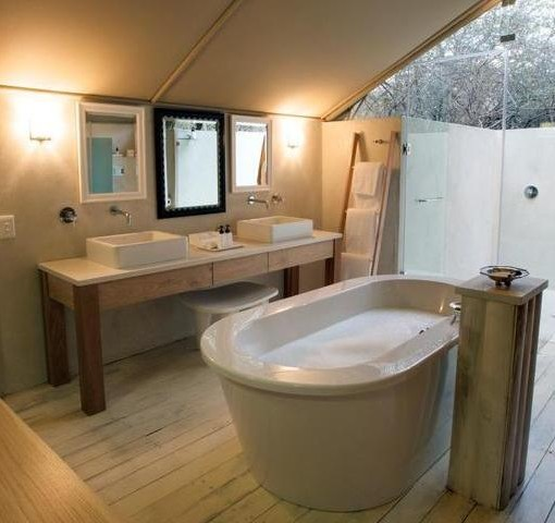 kapama-karula-tent-bathroom