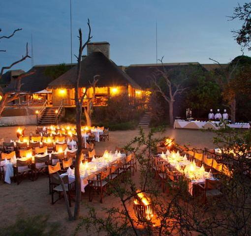 kapama-river-lodge-river-bed-dinner