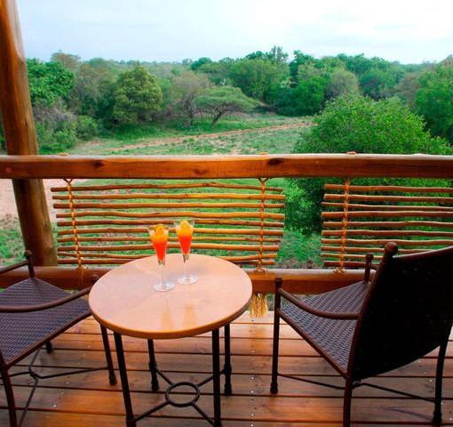 kapama-river-lodge-suite-balcony