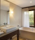 kapama-southern-camp-suite-bathroom