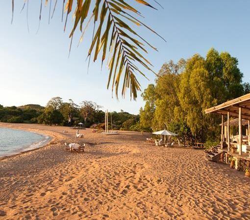kaya-mawa-beach-hut