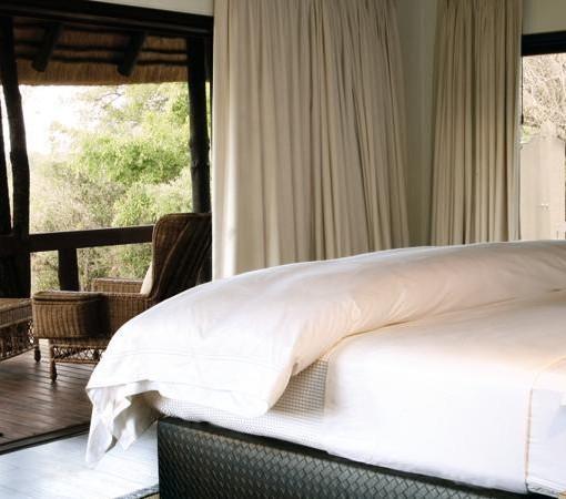 londolozi-tree-camp-bedroom 1