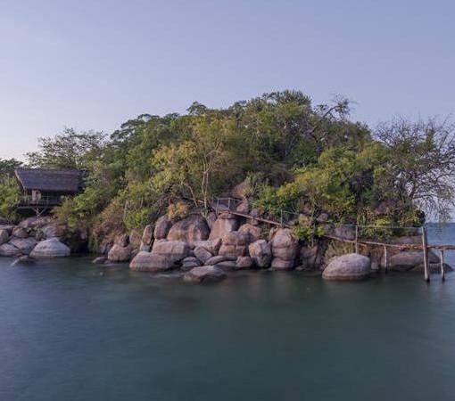 mumbo-island-camp-scenic