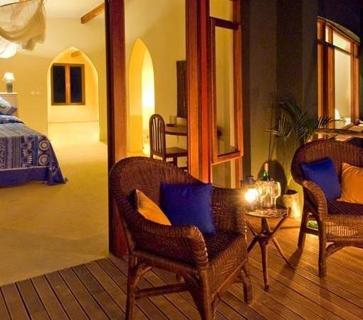 pumulani-suite-night