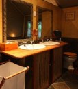 Mkuze-falls-tented-lodge-bathroom