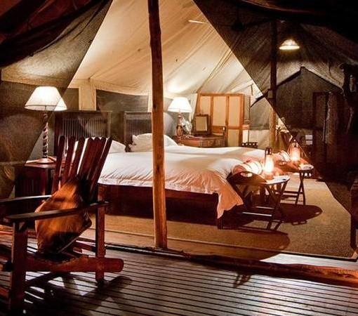 Plains-Camp-Room-Interior-3