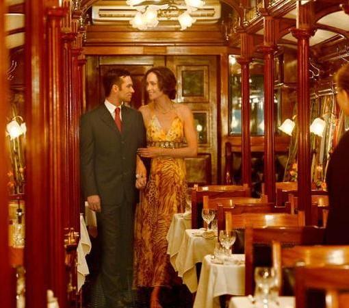 Rovos Rail-elegant-dining-car