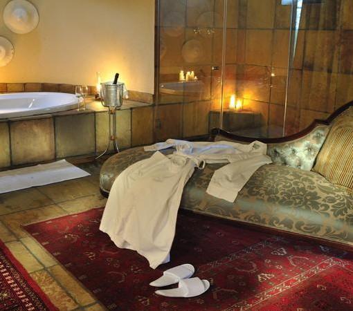 Selati Ivory Suite Bathroom