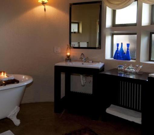 Selati STD Suite Bathroom