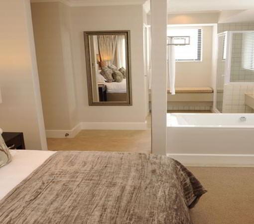 quarters-hermanus-bedroom1