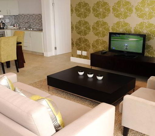 quarters-hermanus-living-room