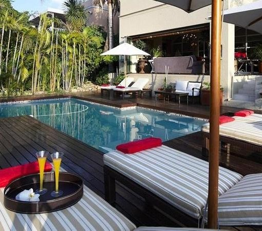 residence-joburg-pool