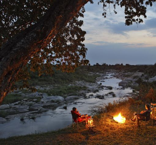 Rekero-Camp-camp-fire-talek-river