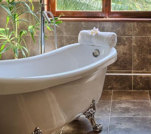 maji deluxe bathtub private jacuzzi