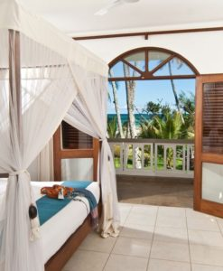 lantana-galu-beach-DirectorsVillaHiRes-44