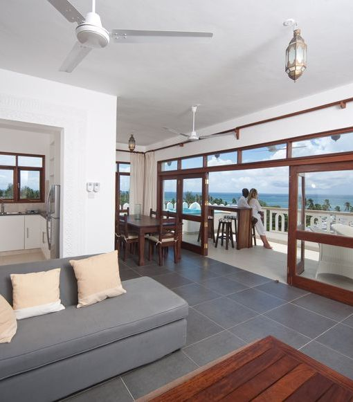lantana-galu-beach-Pent house  Living room Terrace