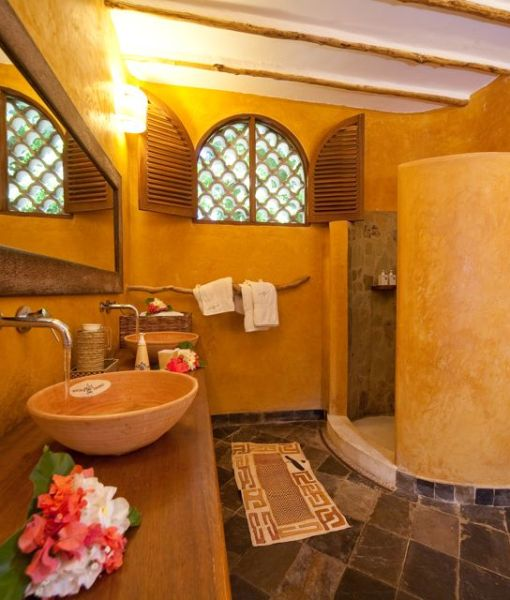 waterlovers - cottage interior