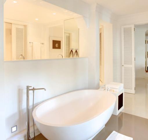 lux-belle-mar-Honeymoon_Suite_Bathroom_01