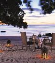 oberoi-dining-beach