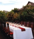kichaka-game-lodge-deck-dinner