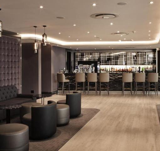 maslow-Lacuna_Lounge_Bar