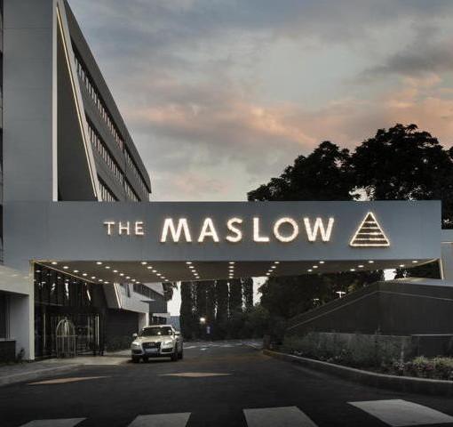 maslow-outside