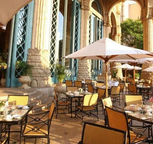 palace-lost-city-Crystal Court Restaurant patio