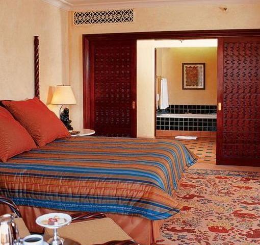 palace-lost-city-junior-suite-bedroom